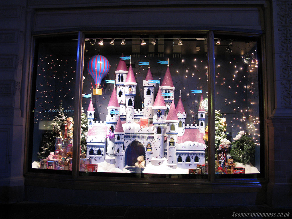 Christmas Toy Store : A stroll around glasgow christmas lh yeung