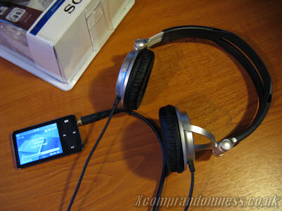 Sony MDR-V300 Headphones and PC Front Panel Interference   LH Yeung.net Blog - AniGames