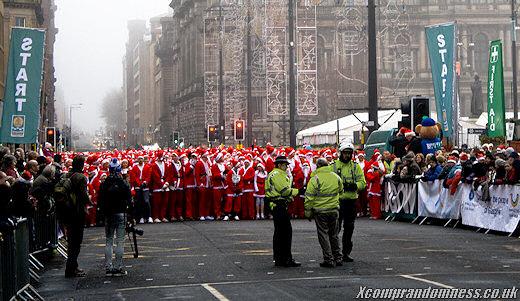 Santa Dash 2009, Glasgow