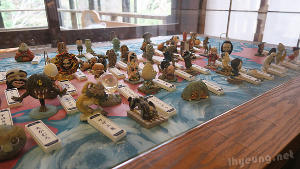 Lots of little Youkai figures too