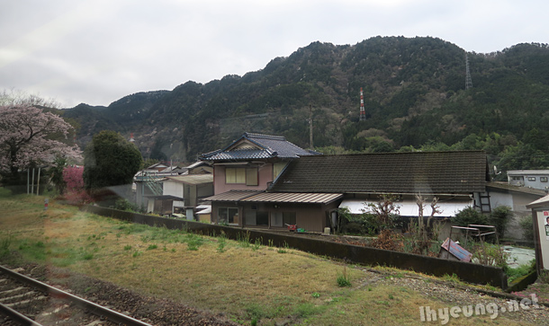 On the way to Shirakawa Village