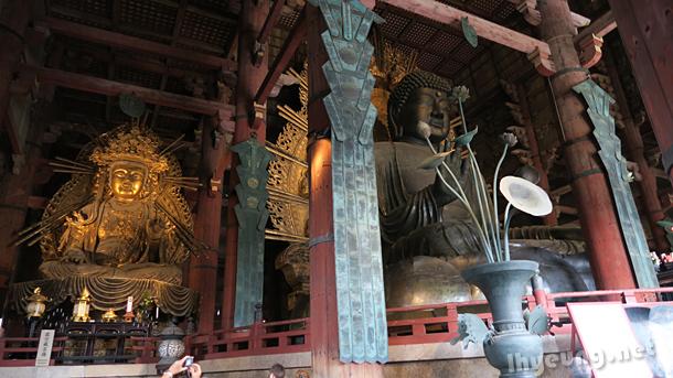Great buddha statues.