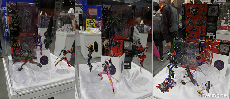 Some mass production Evangelion figures.
