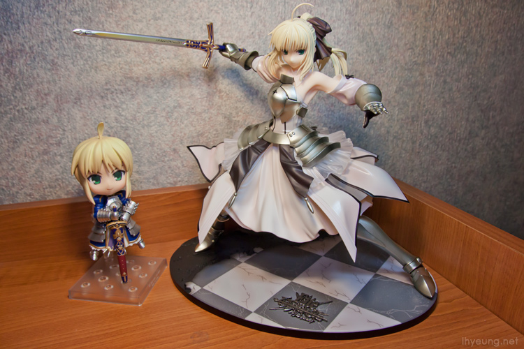 Nendoroid Saber and her alternative Saber Lily.